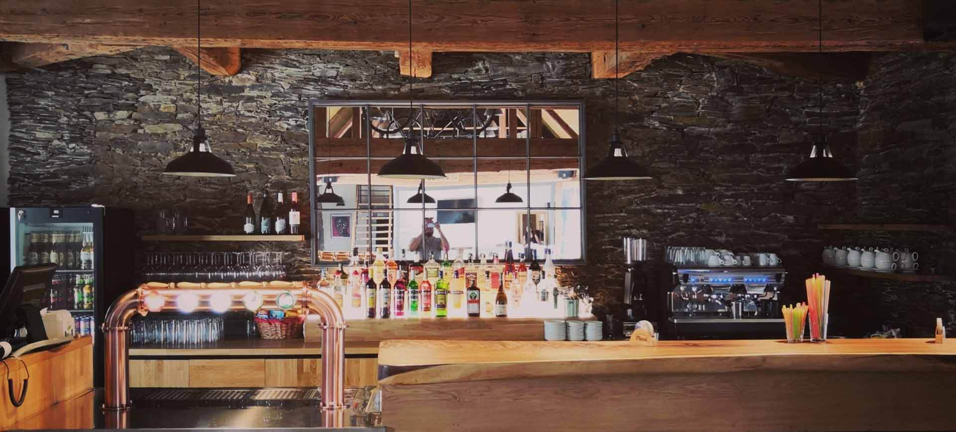 Stodola Herink Bar, výčep, kávovar