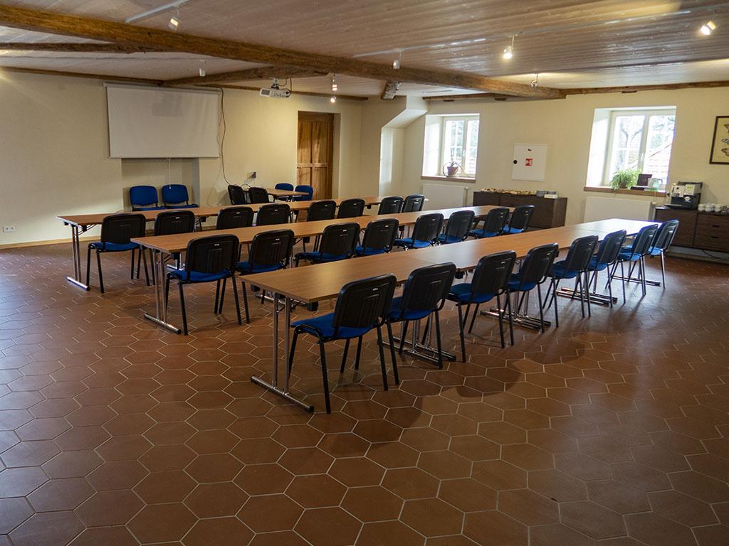 Konferenční_místnost__0006_IMG_4706